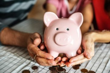 How To Start Building Wealth At A Young Age In These 10 Ways