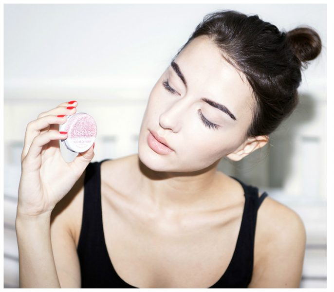 How To Use Vaseline For Beauty Hacks In 13 Amazing Ways