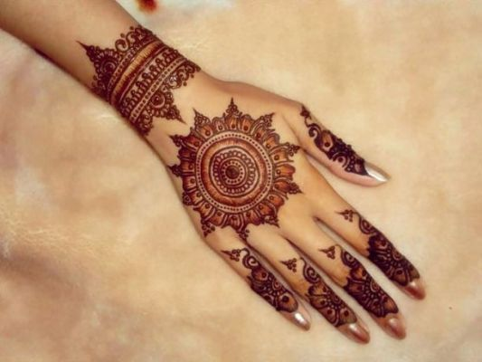 21 Latest And Contemporary Henna Designs For All Occasions