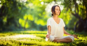 5 Easy Yoga Poses For Common Health Problems