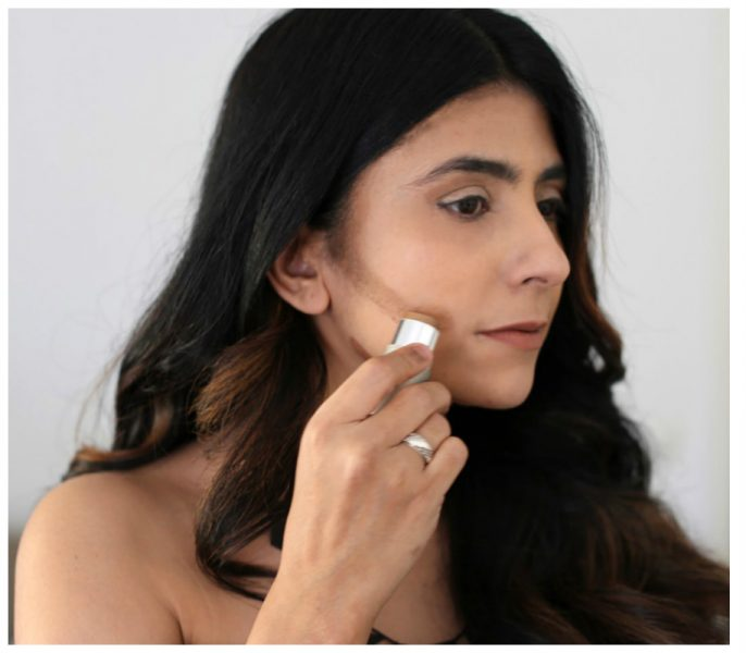 How To Contour Your Face Properly While Applying Make-up