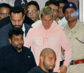 Justin Bieber Arrives In Mumbai, All Geared Up To Perform Tonight