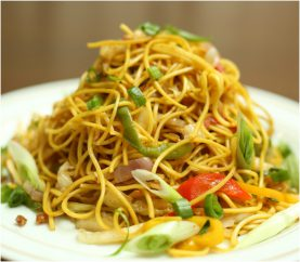 Make These Delicious Honey Chilli Noodles Today