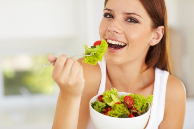 woman-eating-salad-credit-istock-159155665-630x419