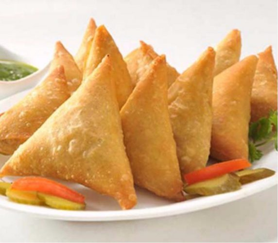 Treat Your Taste Buds With The Heavenly Corn-Paneer Samosa