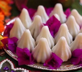 Ganesh Chaturthi Special: Steamed Modak Recipe