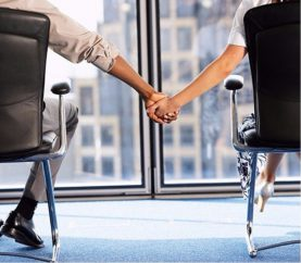 5 Ways To Maintain A Successful Office Romance