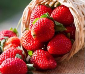 5 Strawberry Face Masks To Achieve A Naturally Glowing Skin