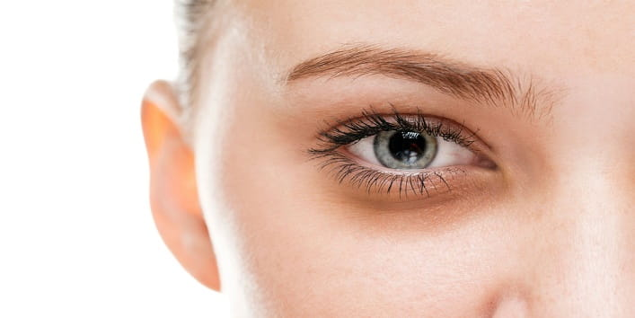 Dark-Circles-with-Castor-Oil2