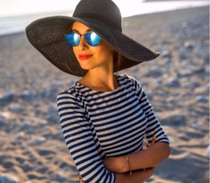 4 Simple Ways To Stay Sun-Protected