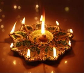 5 Types Of Diyas To Buy This Diwali