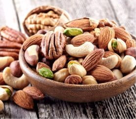 Why And How To Use Nuts In Your Diet