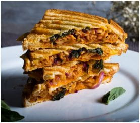 Easy Food Ideas: Pasta Sandwich Recipe