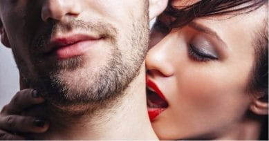 4 Spots Where Your Man Would Love To Get Hickeys