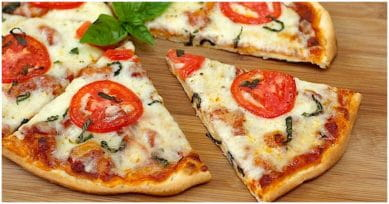 Pizza Party: Thin Crust Margherita Pizza