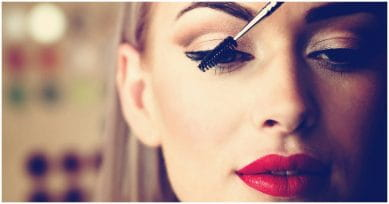 5 Ways To Prevent Skin Damage Caused By Makeup