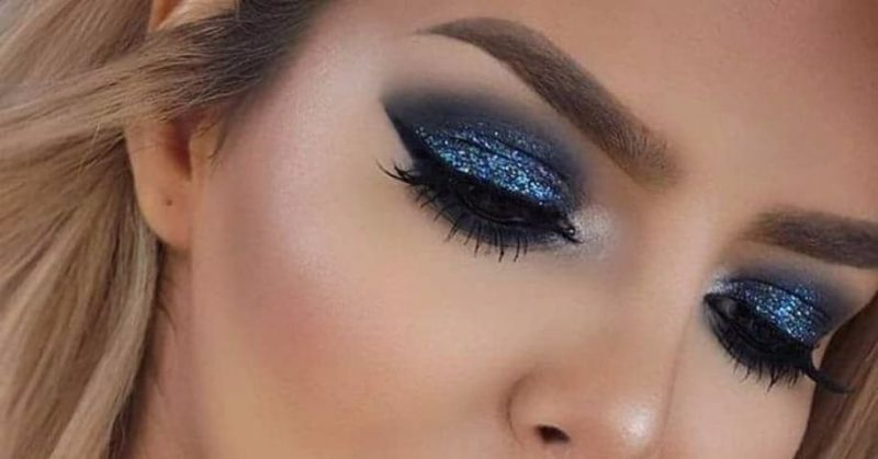 Make up Tutorial: How To Rock An Electric Blue Eye