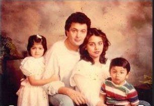 ranbir-kapoor-childhood-photos-in-the-family-portrait