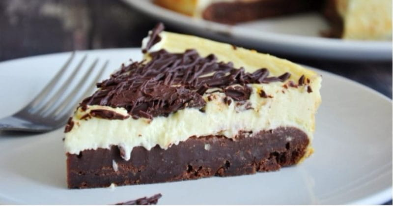 How To Make This Simple Brownie Cheesecake