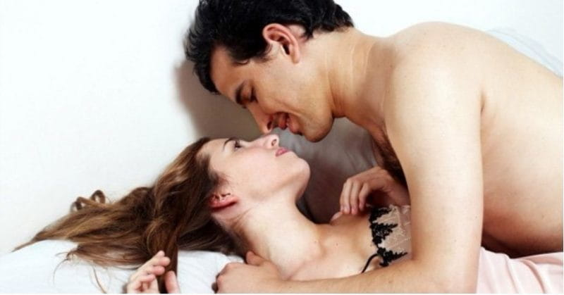 6 Things Guys Hate About Missionary Sex Position