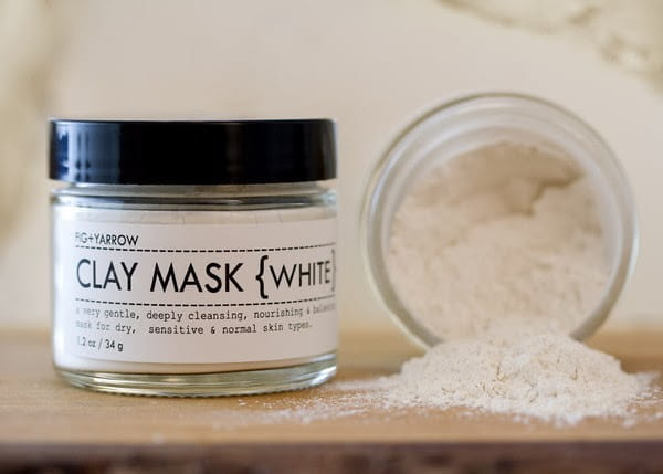 White clay face mask for sensitive skin