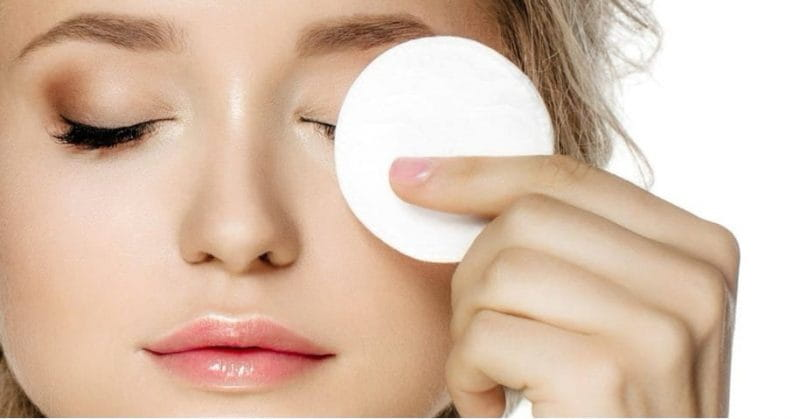Here's Why It Is Essential To Remove Your Make-Up