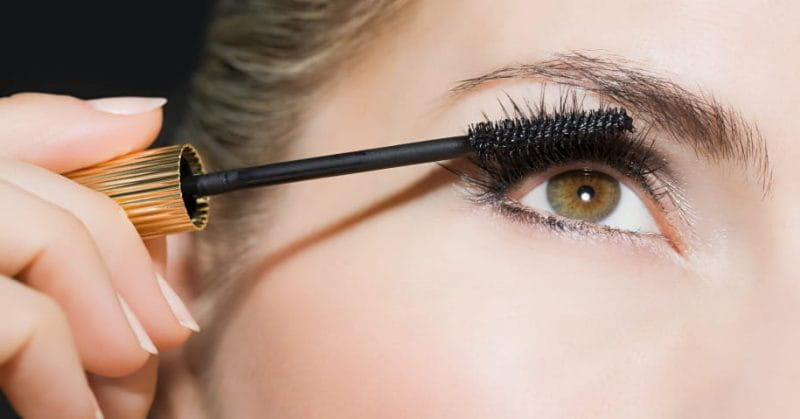 6 Beauty Tips For Long and Thick Eyelashes