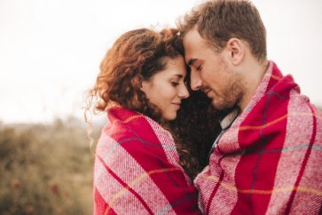 7 Obvious Signs That He Is Into You