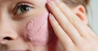 TRENDING: Rosy Peach Cheeks For This Season