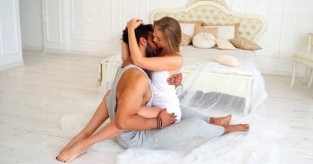 Sex Tips: 5 Things You Must Never Do On Bed