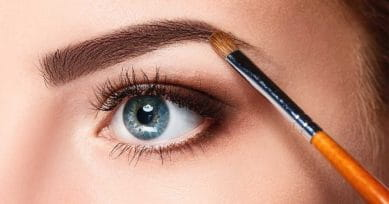 How To Fill-In Your Eyebrows In Under 5 Minutes