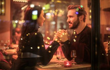 First Date Rules: What To NOT Order For Dinner